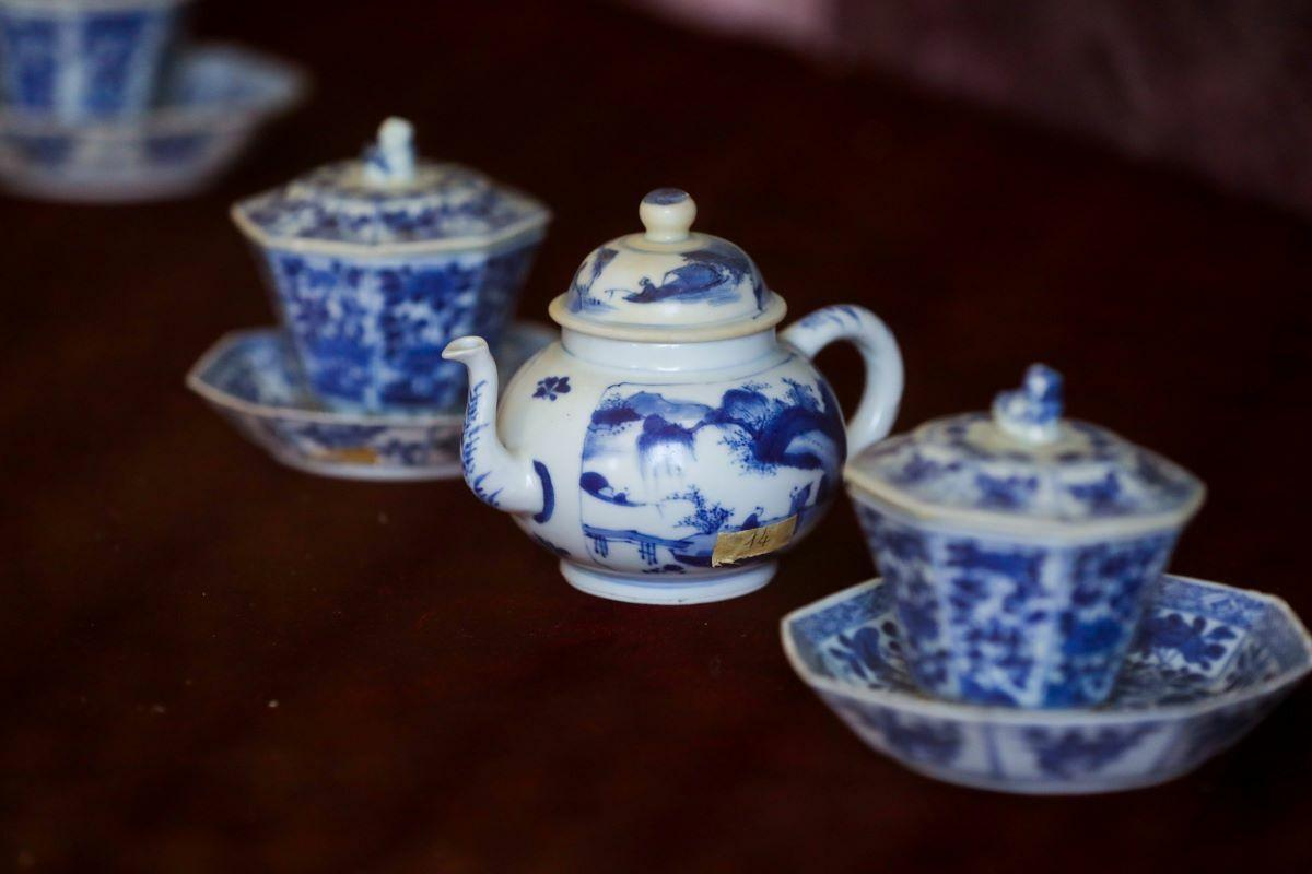 Fine china, blue-and-white ceramic crockery, jars, vases, pen holders, bowls, and plates made in Jingdezhen, Shantou and Dua Hoa during the reign of Emperor Kangxi (reigning 1661-1722). Three centuries later they pieces remain intact and intricate.